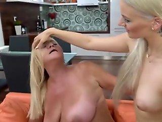 Hardcoresex loving party sluts sucking cock