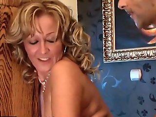 Jenny Jizz Blows 4 Guys at a Gloryhole