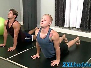 Hunk pounded by huge dick