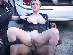 Streaming porn Blonde hotties Alix & Cherie get it on