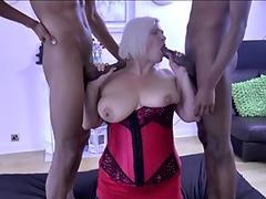 European bargirl anal nailed in exchange for cash