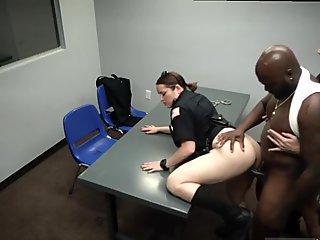 Young amateur masturbates solo and prepares to cum