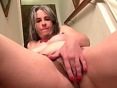yankee milf Kelli peels off off and masturbates on the stairs
