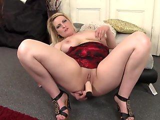 Asian babe sucking big white cock