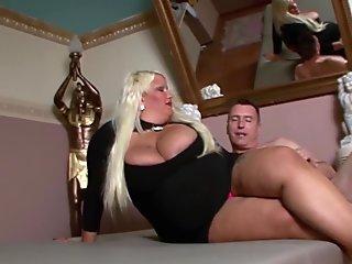 Big heavy blonde amateur