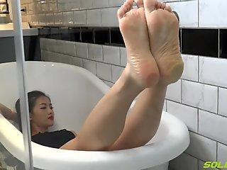 Asain puckered soles - Syuan (feet toes pantyhose crush POV ) total
