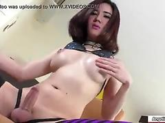 Asian Tbabe toys and masturbates her ass
