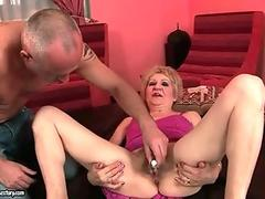 Soapy shemale Patti playing with cock