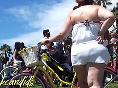 Fat White BBW Chick & Mature VPL PAWG BOOTY!! Candid Booty