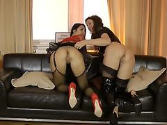 Naughty mff threesome with oldie gets hot