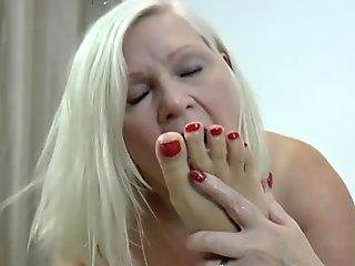 Extreme gagging compilation and thai hooker fucked rough Analmal Training