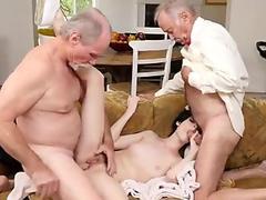 Leony Just Wants To Make Eva Strauss Orgasm