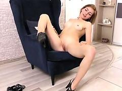 Ink masseuse cum mouthed