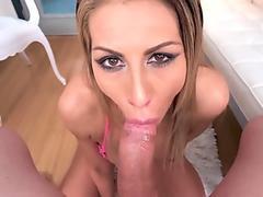 Big tit mummy Makayla Cox is a manmeat inhaling pro