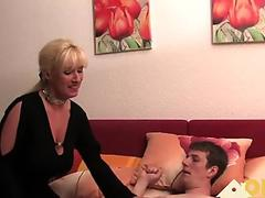 Free Fetisch-Concept.com - 2 girls with long cast leg visit a flower store part 1 Porn Video