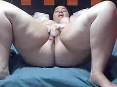 Pretty Good Shaved Camgirl Teasing Us In This One