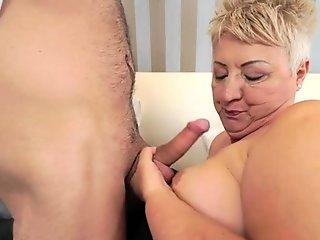 Hot chick Heaven St Claire receives a creamy jizz dribbling on her mouth