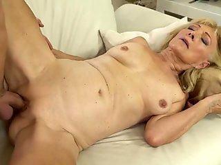 Trixie Takes Cum On Her Mouth