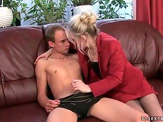 Horny busty milf Julia Ann has her pussy destroyed by a bbc