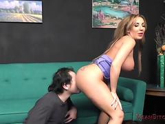 Richelle Ryan enormous bootie AssWorship
