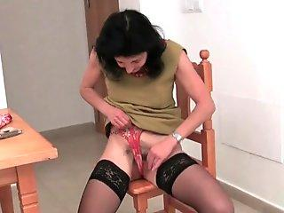 French grandmother with unshaved cootchie and round butt masturbates