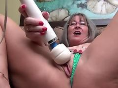 DP MILF ride untill squirt BIG DILDO ANAL