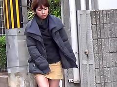 Sexy ass asian pee public