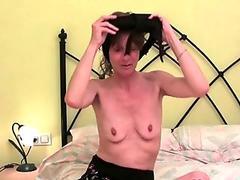 Pornstar Leah Wilde gets her tiny pink twat slammed hard