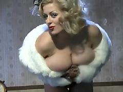 Hottest Blonde In the World On Cam Show
