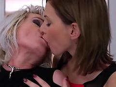 Trans Bella - Foursome Anal Orgy With Brazilian Trans Slut And Kinky MILF