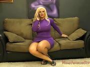 hefty caboose Bully - Julie Cash - female dominance