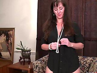 Dahlia plays with a toy in her pussy!